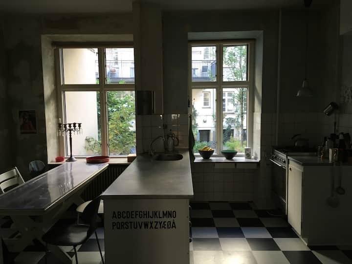 Bohemian Nordic noir, 5 rooms
