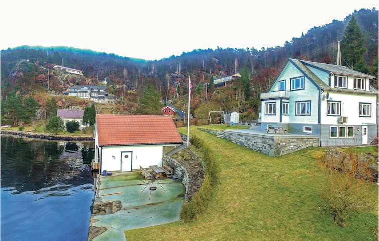 Holiday apartment with 1 bedroom on 50m² in Flekkefjord