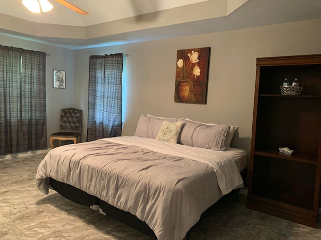 New king size luxury bed