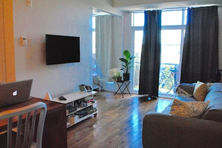 Spacious, High Ceiling 1 Bedroom - Ottawa - Huoneisto
