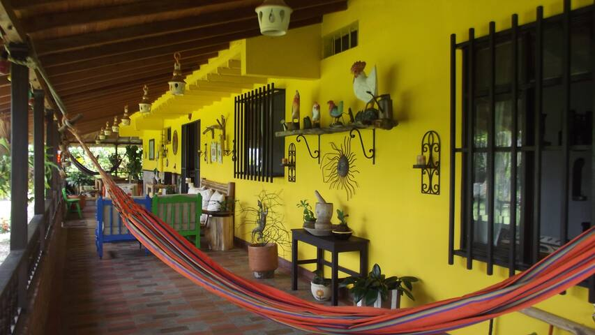 La Hamaca, B&B  Coffee Triangle - Pereira - Bed & Breakfast