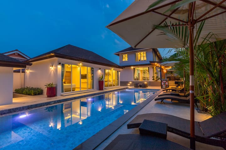NEW 5-bedroom Villa, SUPERB Pool,  Nature, Naiharn
