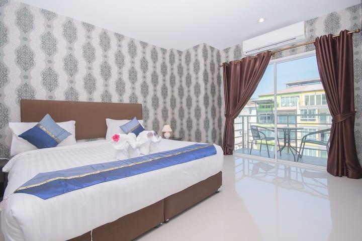 Family 2-bedroom near Patong beach R.42