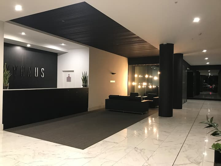 NEW Luxurious Skyview 2Bedroom Apartment Liverpool
