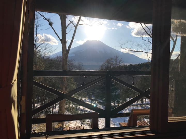 Log home with a view of Mt Fuji【コテージ上機嫌B棟】