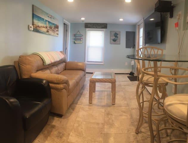 2-bedroom, Fall and Winter Short-Term rental