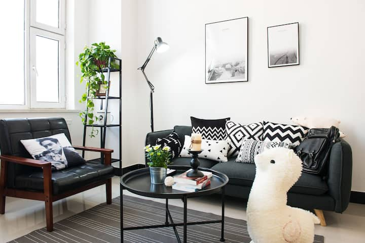 {悟花果}生活不将就 市中心 黑白北欧风 复式公寓 最具设计感的loft