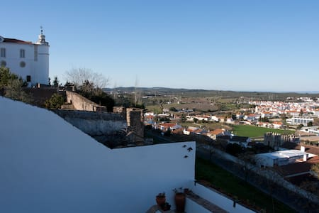 Castle House - Renovated apartment inside Castle - Estremoz