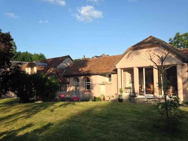 Très agréable maison près de Chartres et Maintenon