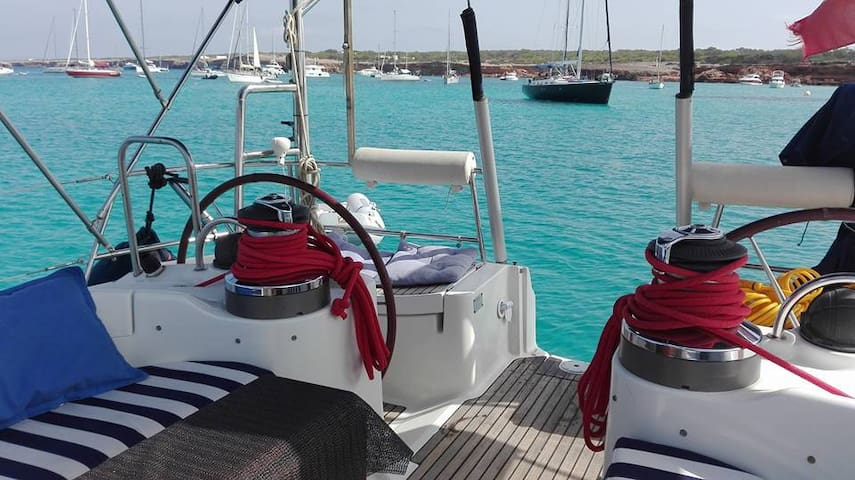 Velero de 15 metros La Manga del Mar Menor