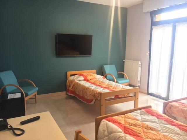 HOTELLERIE - 2 PERSONNES (Lits simples)