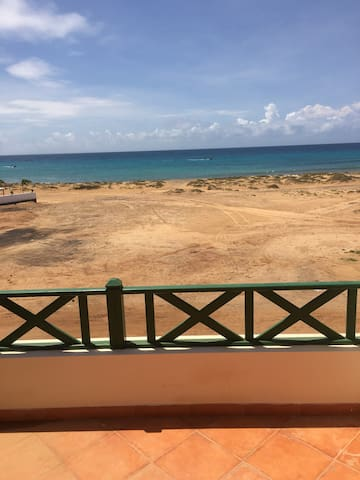 2 Bedroom Frontline,Penthouse Apartment, Sea Views