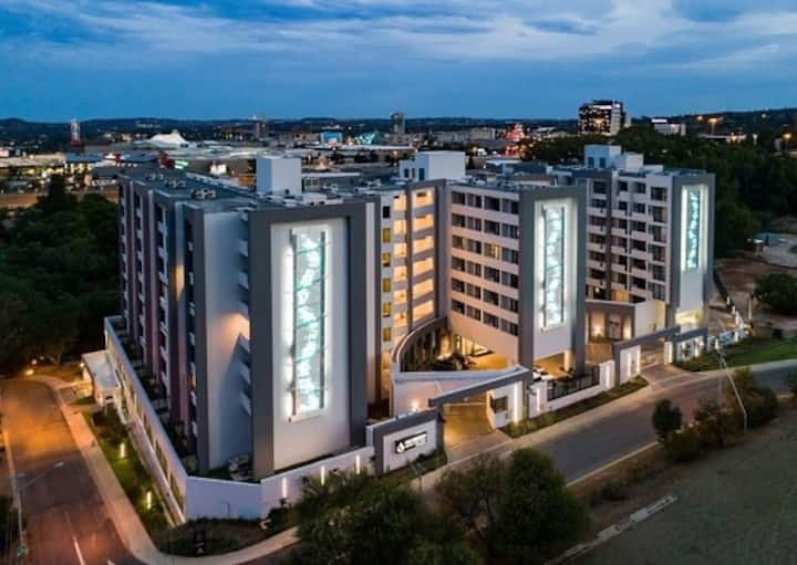 Menlyn hub apartment living with a view on nature