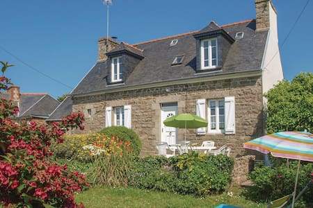Holiday cottage with 3 bedrooms on 120m² in L'Armor Pleubian