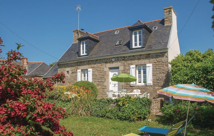 Awesome home in L'Armor Pleubian with WiFi and 3 Bedrooms
