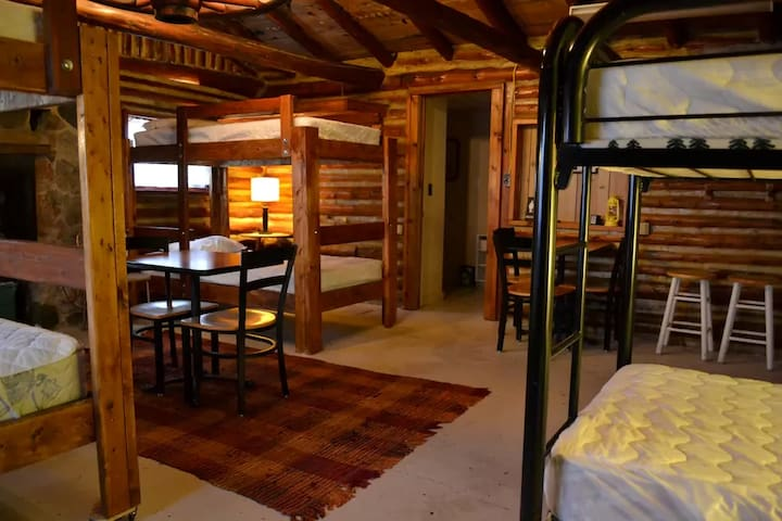 Bellows Bunk3 @ Creekside Cottages - Interlochen - Cabana
