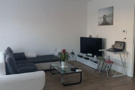 app neuf lumineux proche belgique - saint saulve - Apartmen