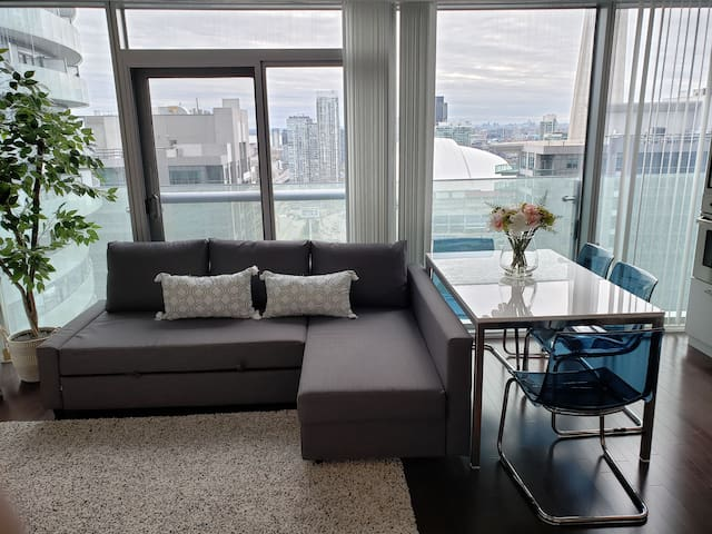 Brand new condo in the sky overlooking CN Tower