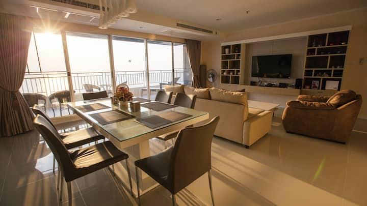 Pattaya Beachfront - Panorama Sea View! (3Beds)
