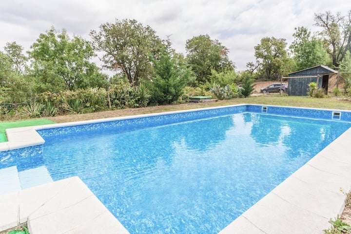 Spacious Mansion in Maçanet de la Selva with Swimming Pool