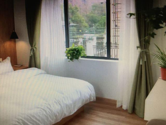 睡到自然醒的一张柔软大床 - 台東市 - Apartemen