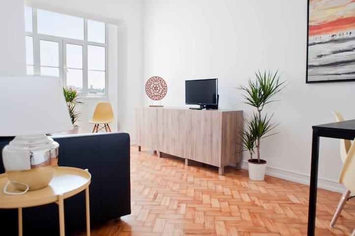 ShortStayFlat - Lisbon Experience Apartment