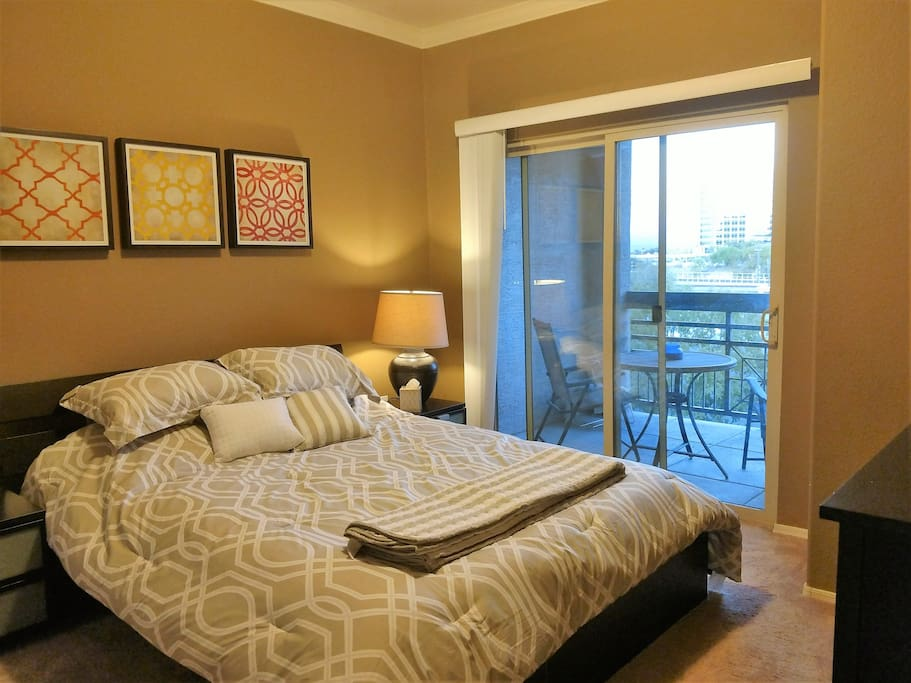 1 Bed Bath Downtown Tempe Condo Great View Pool