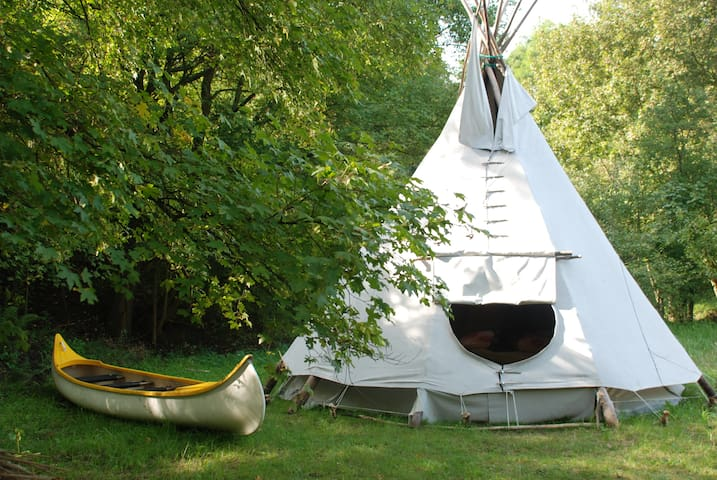 Teepee in the woods - Zatoń Dolna