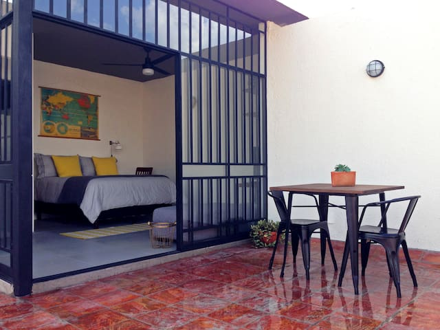 Private Suite with Terrace - Guadalajara - Inny