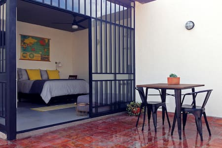 Private Suite with Terrace - Guadalajara - Annat