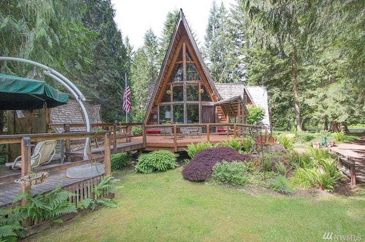 7  Gables River Mountain Lodge,Stevens Pass,★★★★★