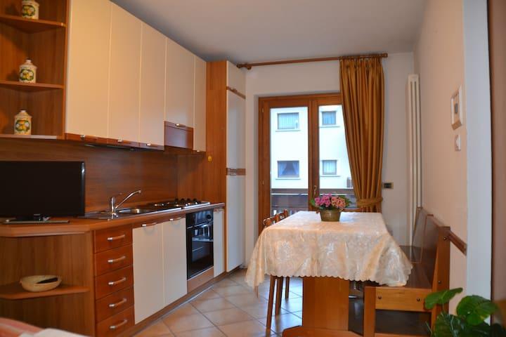 Baita dei Pini - Bilocale 5 posti letto - Campodolcino - Apartament