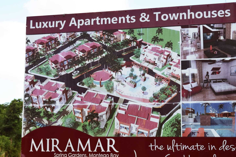 1 bedroom Miramar condo