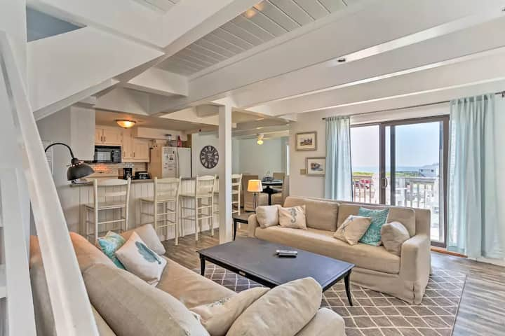 OCEANFRONT Condo in Duck, NC!