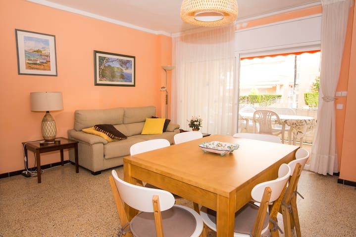 Full 3 bedrooms apartment in Platja D'Aro