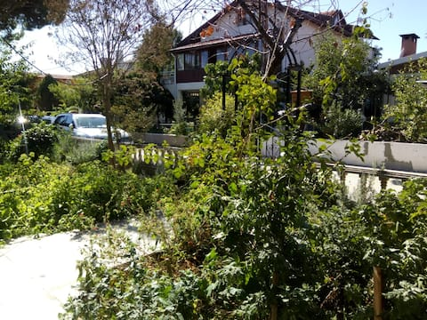 3+1 Guarded Villa, Big Garden, Close to the Beach