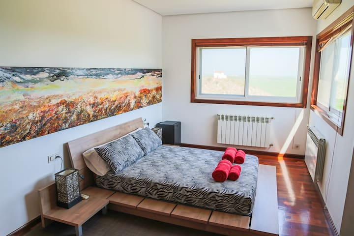 Master Bedroom-Double Bed