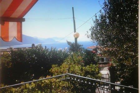Villetta monofamiliare panoramica - Ispani