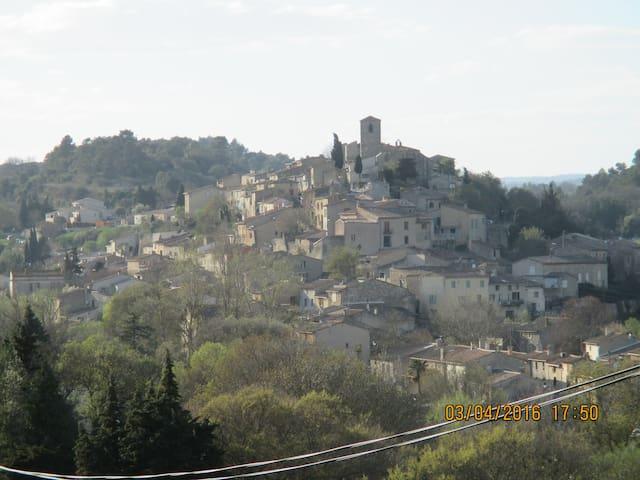 Bienvenue dans notre campagne - Aragon - Wikt i opierunek