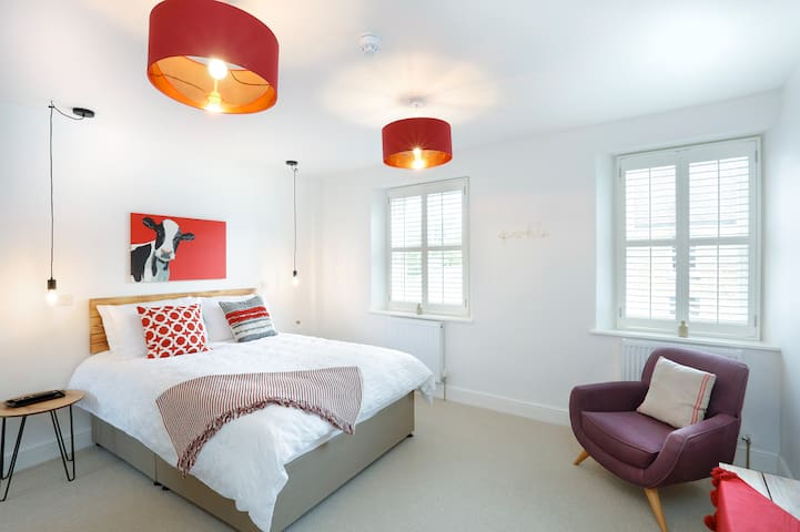 Relax in style at Ruby @ Hues - Luxury Hypnos beds for the perfect night sleep