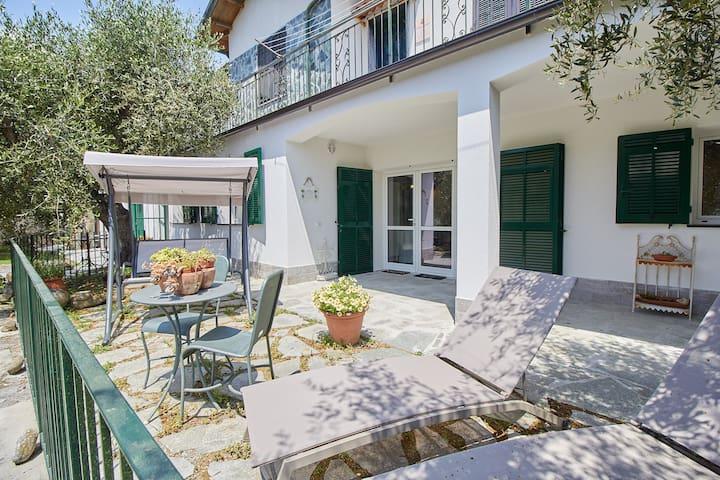 Finalborgo - Melograno Guest House 4 posti