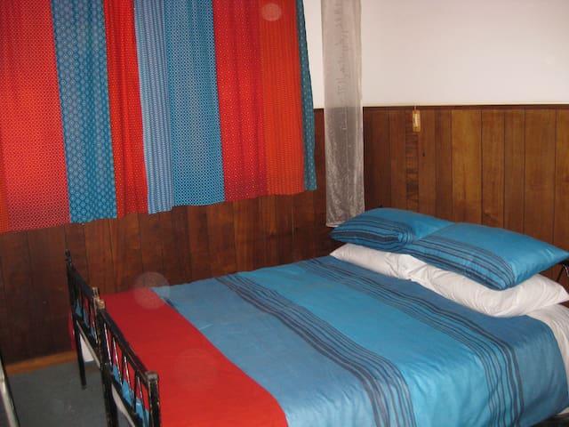 Eagle Rock Sweshwe Room