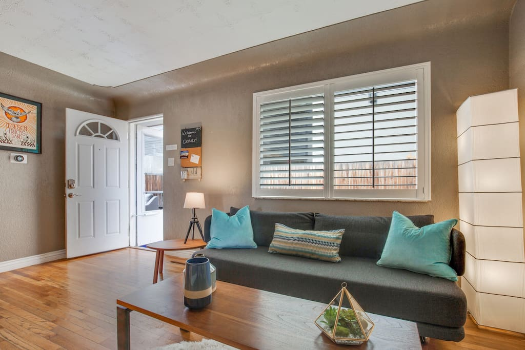 Our minimalist, clean townhouse is sure to please!