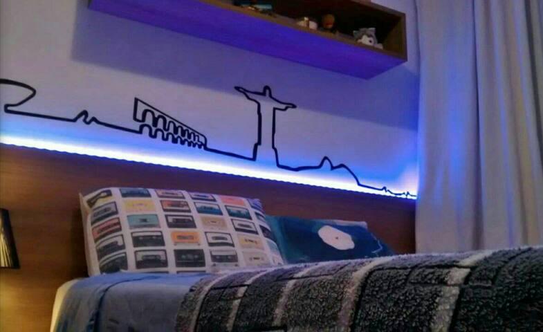 Casa de condomínio,  prox aeroporto - São José dos Pinhais - House