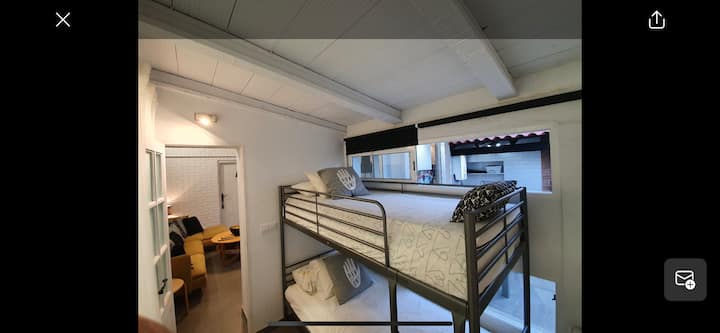 Bunkbed with private bathroom near the beach