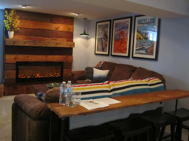 Cozy St. Paul Suite by Universities/Restaurants - Saint Paul - House