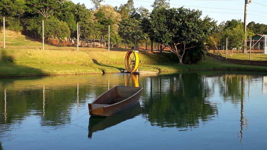 Foz do Iguaçu.. Hóspede se em meio à natureza.