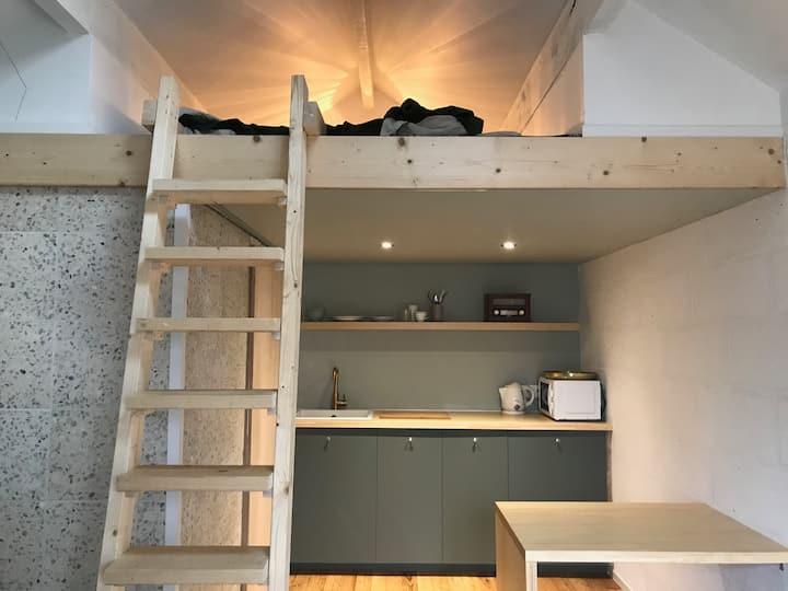 """Studio style """"Tiny House"""" avec entrée indépendante"""