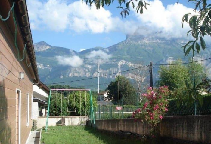 Villa au pied de Belledonne, Isère