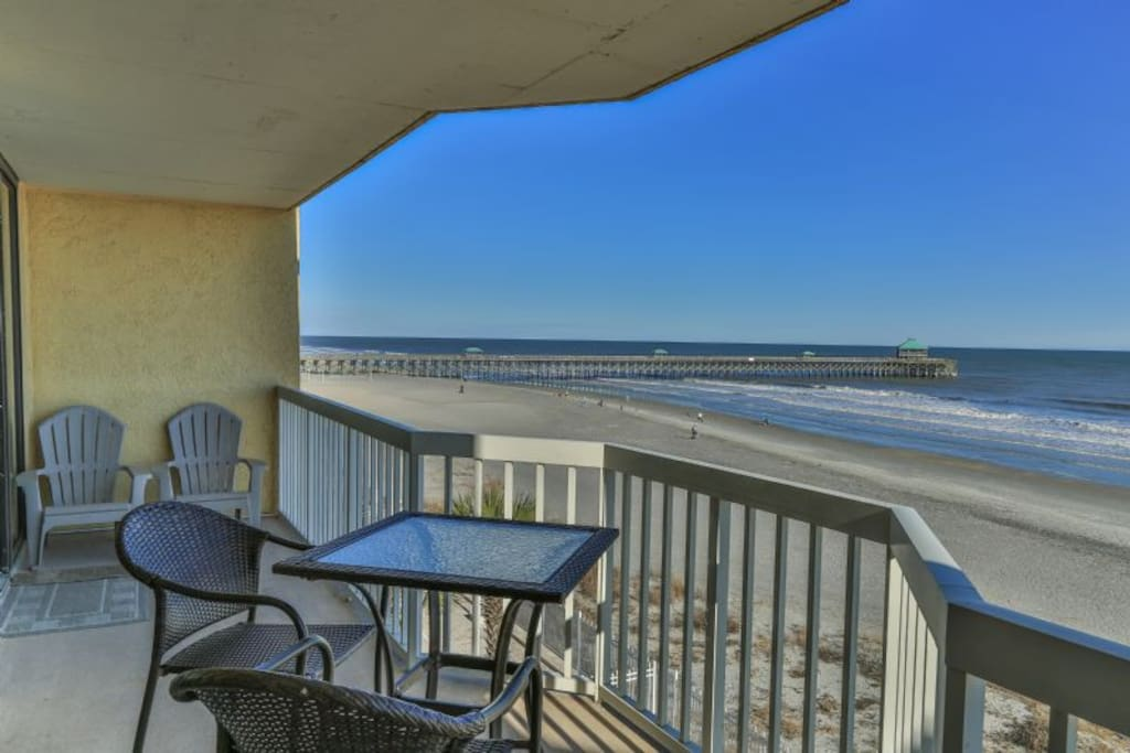 'Top Shelf' Balcony Views of Folly Beach